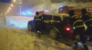 Pogoda wywołała chaos komunikacyjny, kierowcy utknęli