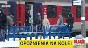 Śnieżyce opóźniają ruch pociągów (TVN24)